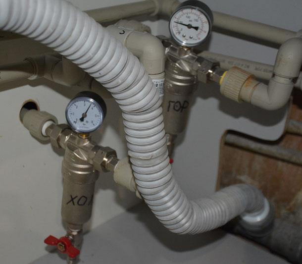 Фильтры грубой очистки воды с манометрами