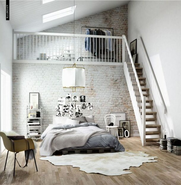 Антресольный этаж в квартире: 9 советов по обустройству