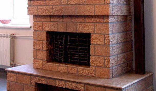 Облицовка камина керамической терракотовой плиткой