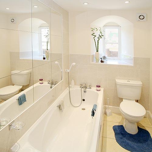 Какое зеркало выбрать для ванной комнаты: полезные советы
