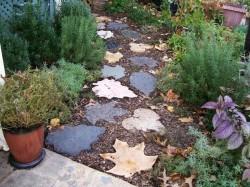 1формы для заливки садовых дорожек