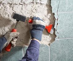 Этап - Демонтаж настенного и потолочного покрытия