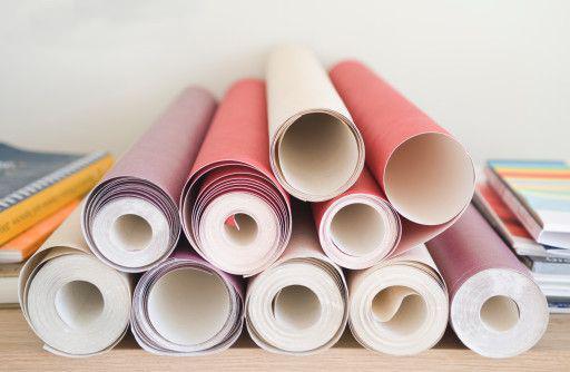Как выбрать обои: виды, материал, плотность, цвет, тип комнаты