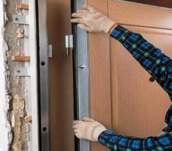 Как установить входную дверь?