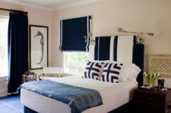 синие римские шторы