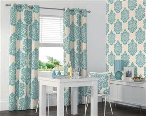 Как выбрать шторы под обои: цвет, рисунок, текстура