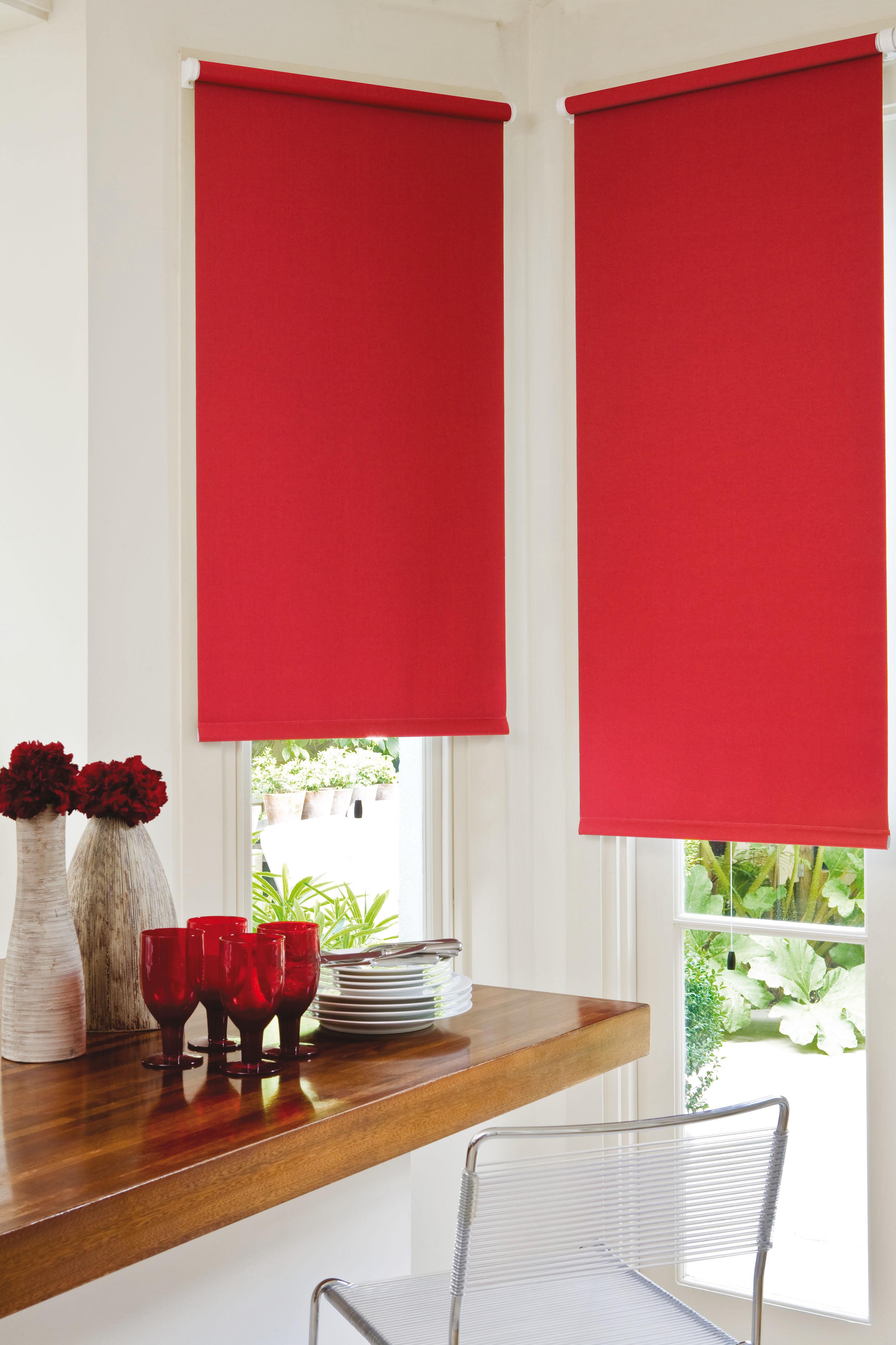 Как правильно выбрать рулонные шторы: ткань, цвет, особенности