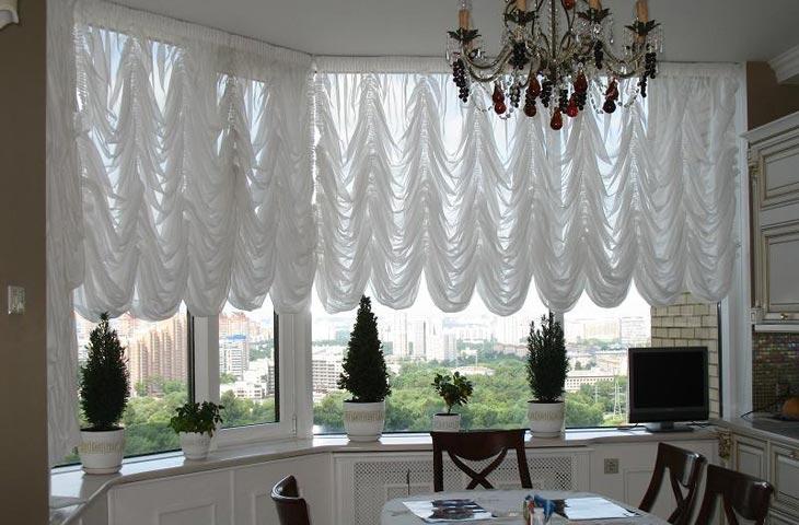 Выбираем шторы на кухню: виды и модели, цвет, ткань