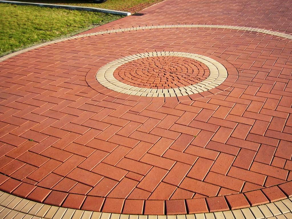 Как выбрать тротуарную плитку или брусчатку