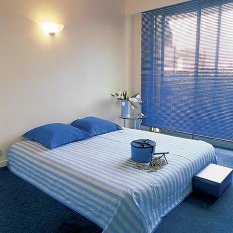 дизайн маленькой спальни минимализм 2