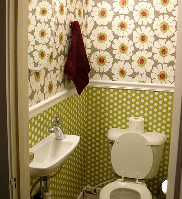 маленький туалет обои