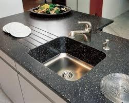 кухня искусственная каменная столешница