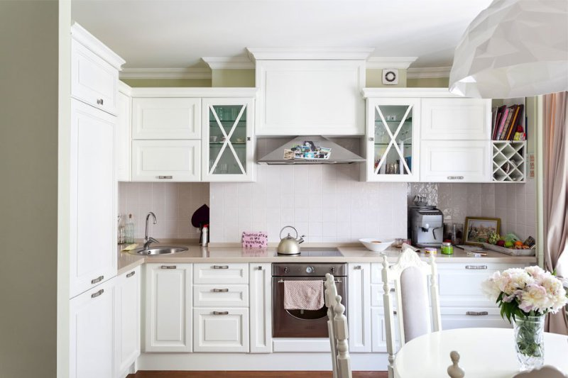 кухня планировка L-образная