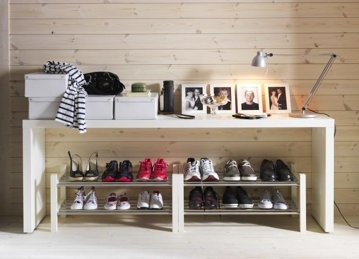 Выбираем полку для обуви в прихожую