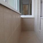 отделка балкона плиткой 3