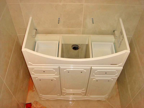 Как сделать шкаф под раковиной в ванной