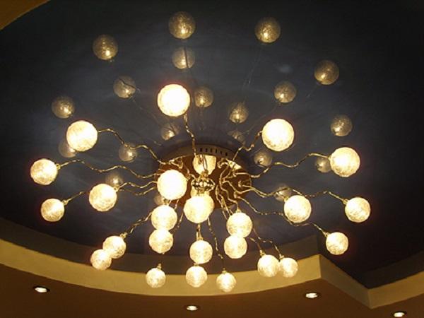 Монтаж электропроводки в квартире по потолку