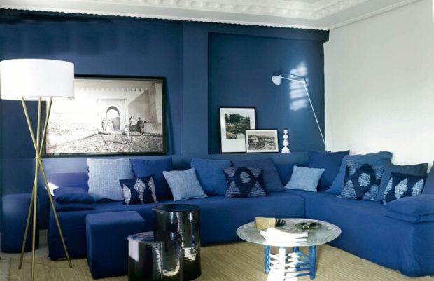 Синяя стена