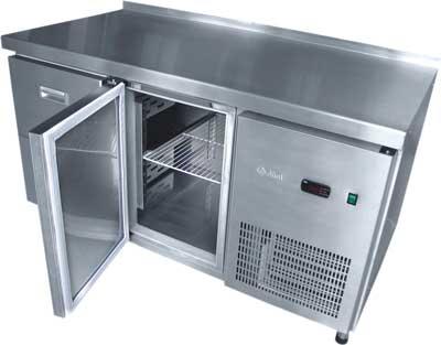 7 советов по выбору холодильного и морозильного стола для кафе и ресторана