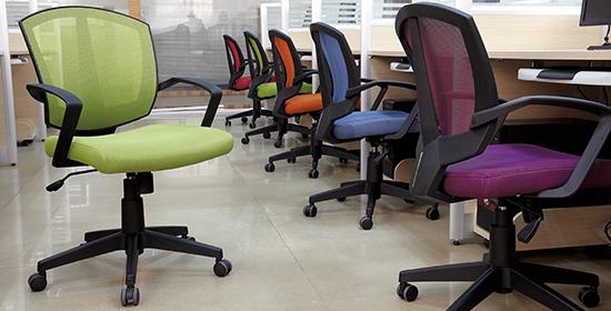Как выбрать офисное кресло: 11 советов по выбору лучшей модели