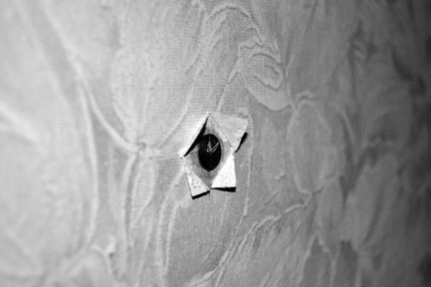 Канцелярские кнопки для крепления к стене