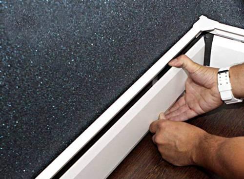7 советов по выбору теплого плинтуса: электрический или водяной