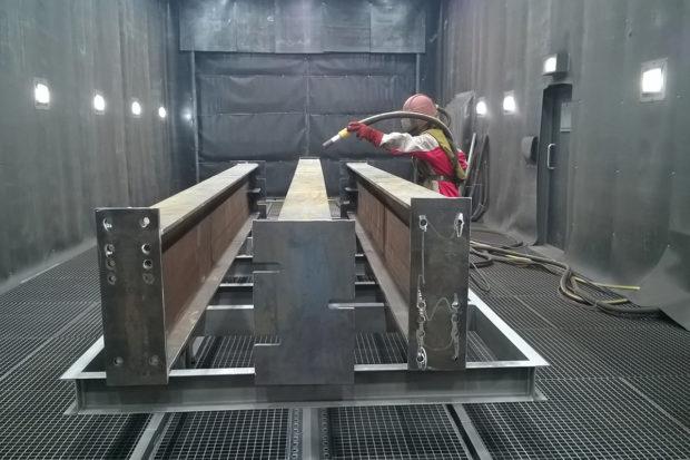 Подготовка металла к окрашиванию - удаление следов коррозии и засорений
