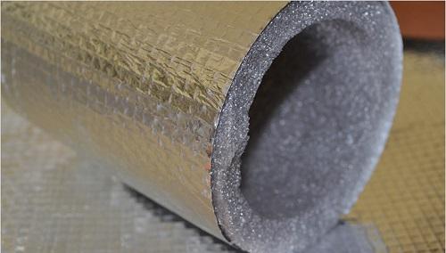 Утеплитель для водопроводных труб из вспененного полиэтилена с защитным слоем из фольги