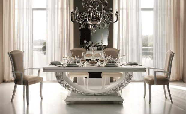 итальянская обеденная мебель светлого цвета