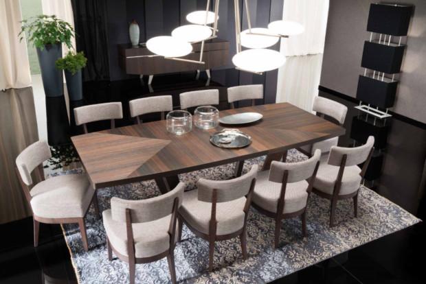 сочетание обеденного стола и стульев