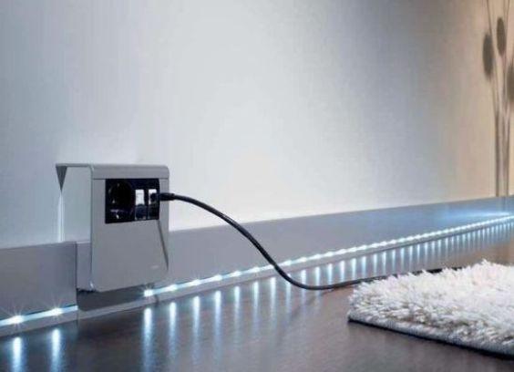 Кабель-канал с подсветкой светодиодной лентой