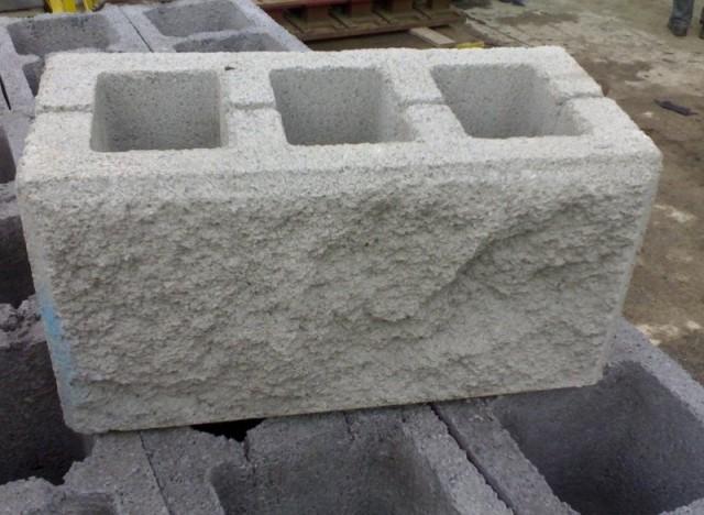 Декоративные бетонные блоки для забора