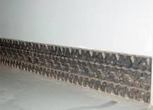 Напольный плинтус из старой покрышки