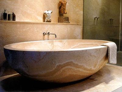 Какую ванну выбрать: материал, размер, производитель