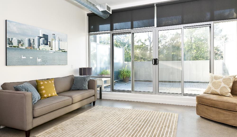 алюминиевые балконные двери