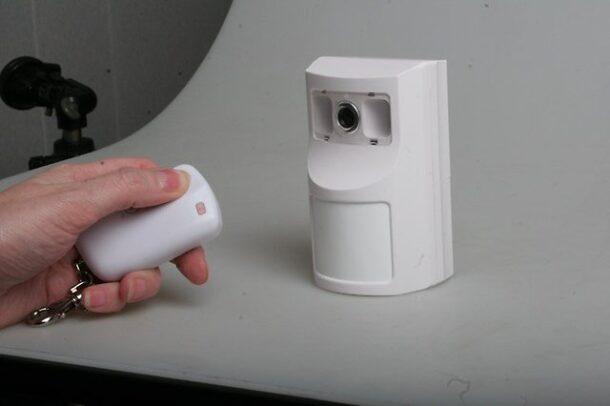 автономная камера видеонаблюдения с датчиком движения
