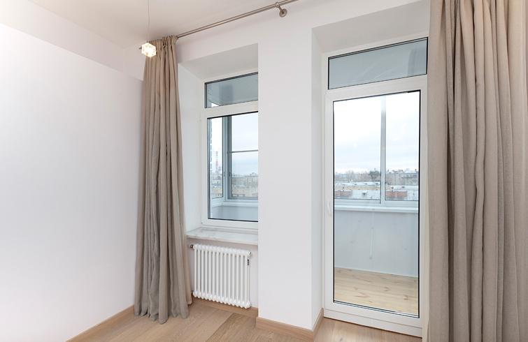 балконная дверь одиночная