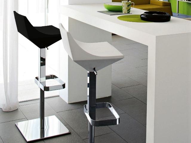 барная стойка стулья