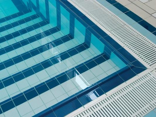 бассейн бетонный отделка плиткой