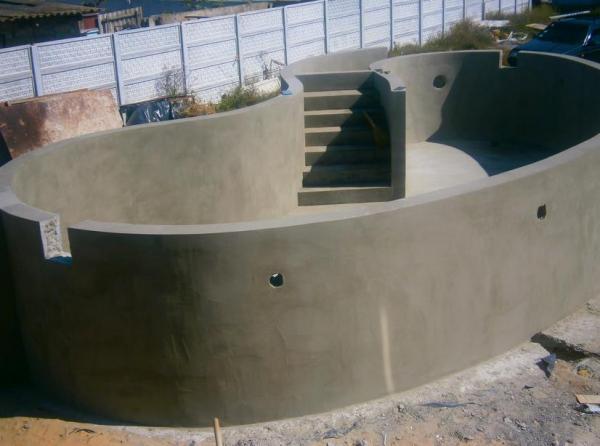бассейн бетонный штукатурка