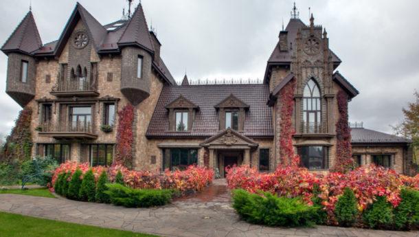 частный дом в готическом стиле