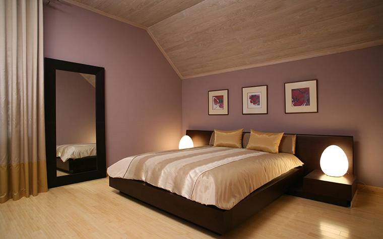 деревянная вагонка для потолка в спальне