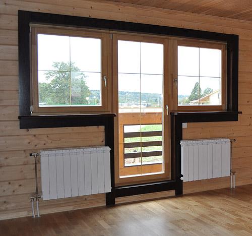 деревянные балконные двери 2
