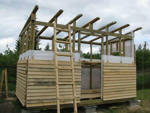 деревянный каркасный сарай