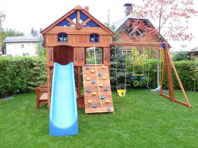 детская площадка на даче место