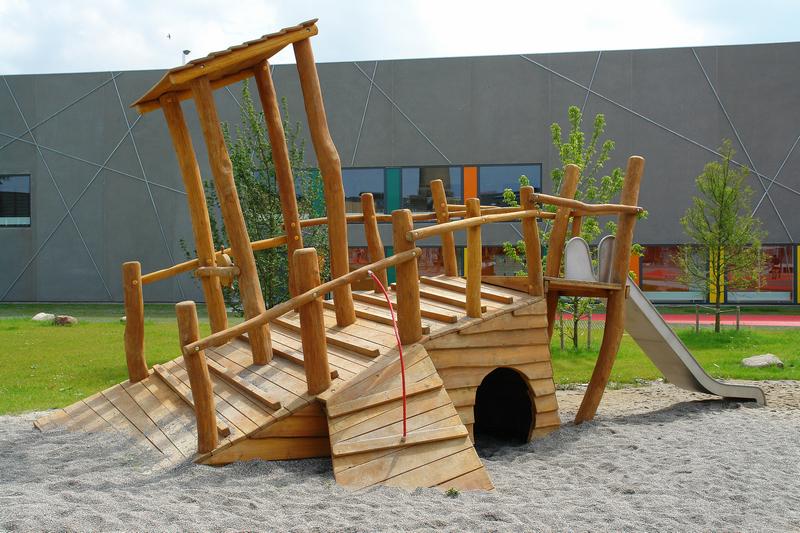 детская площадка на даче песок