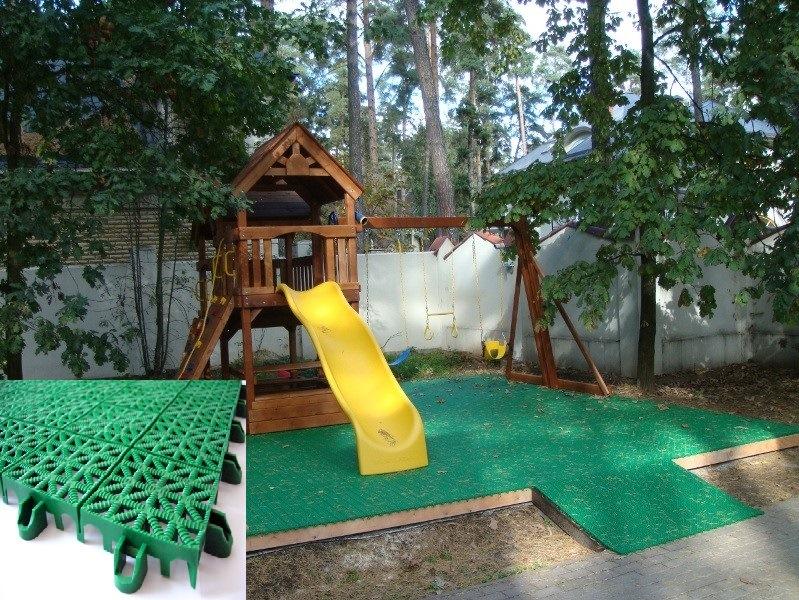 детская площадка на даче пластиковая плитка