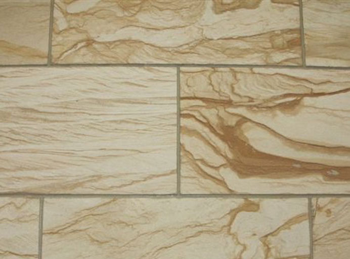 9 материалов для отделки стен в прихожей