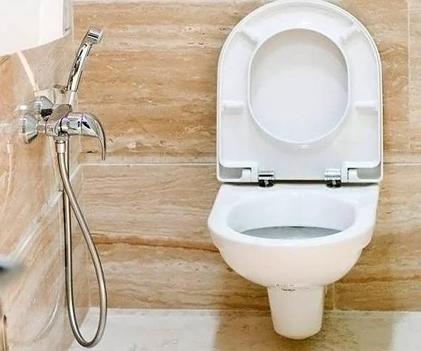 Гигиенический душ с настенным смесителем
