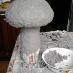 гриб  из пластиковых бутылок 3